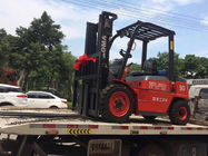 Automatic Diesel Powered Forklift , 3 Ton Diesel Forklift Strong Powertrain System